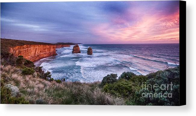 Australia Canvas Print featuring the photograph 12 Apostles At Sunset II by Ray Warren