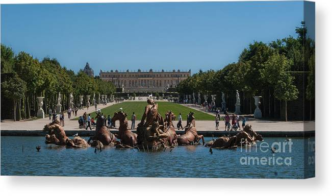 Canvas Print featuring the photograph Versailles by Giorgio Camandona