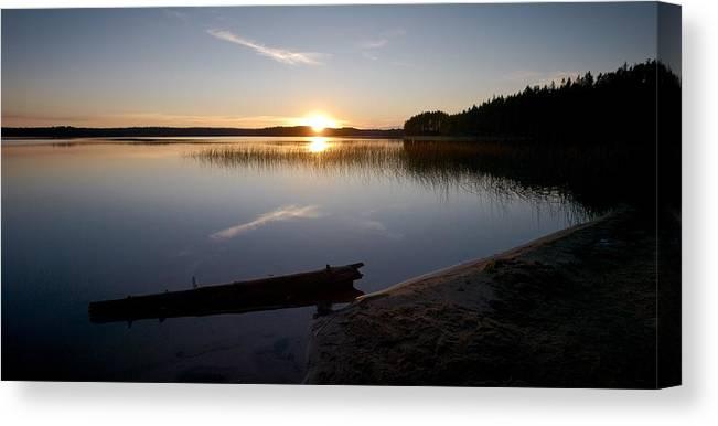 Lehtokukka Canvas Print featuring the photograph Haukkajarvi Evening by Jouko Lehto