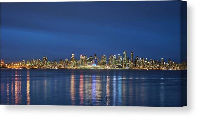 Vancouver Canvas Print featuring the photograph Vancouver Cityscape by Mauricio Ricaldi