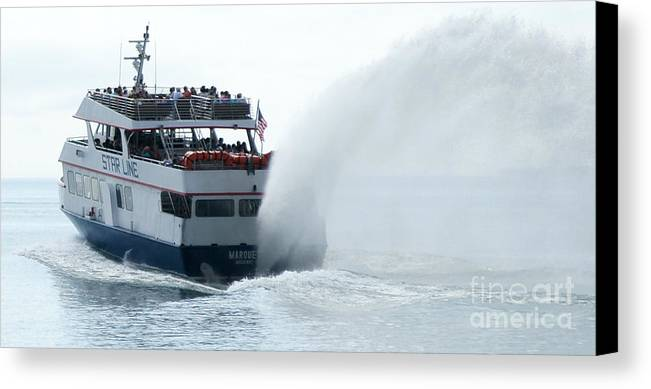 Star Line Canvas Print featuring the photograph Marquette Il by Linda Shafer