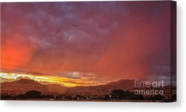 Gem County Canvas Print featuring the photograph The Buttes by Robert Bales