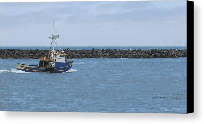 Fv Sea Sick Crossing The Bar Canvas Print featuring the photograph Sea Sick II by Barry Bennett