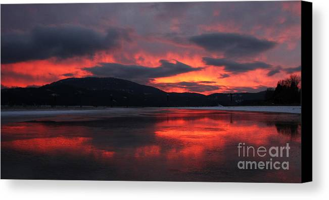 Sunset Canvas Print featuring the photograph Sandpoint Sunset by Nick Friedmann