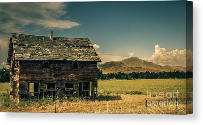 Gem County Canvas Print featuring the photograph Old Homestead by Robert Bales