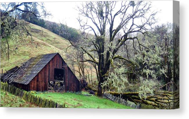 Barn Canvas Print featuring the photograph Abandoned Places by Jim Romo