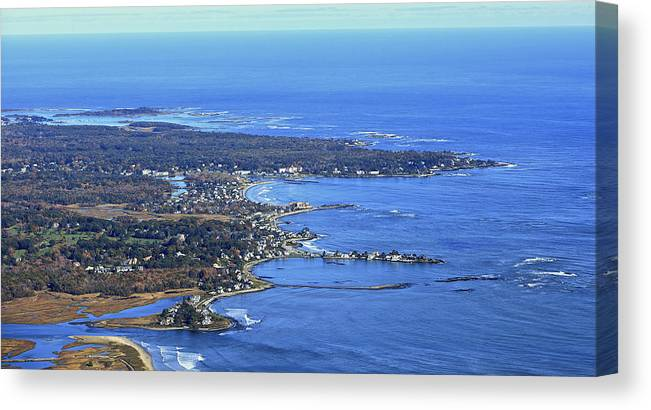 America Canvas Print featuring the photograph Wells, Maine by Dave Cleaveland