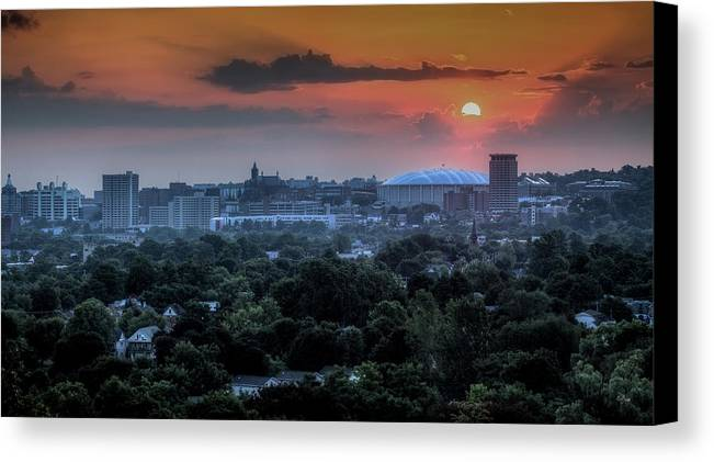 Syracuse Canvas Print featuring the photograph Syracuse Sunrise by Everet Regal