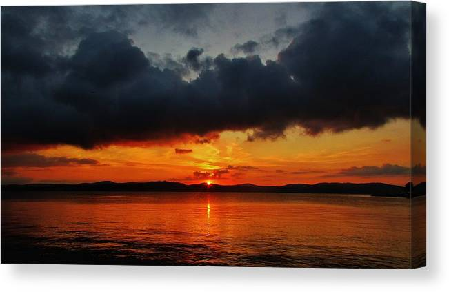 Hudson Valley Landscapes Canvas Print featuring the photograph Dark Cloud Sunrise by Thomas McGuire