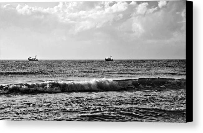 Horizontal Canvas Print featuring the photograph Trawling The Horizon by Kantilal Patel