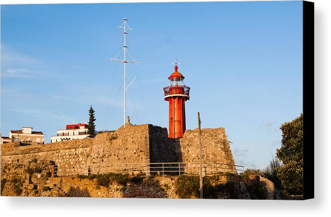 Farol Canvas Print featuring the photograph Farol Do Forte Sta. Catarina by Luis Pedrosa