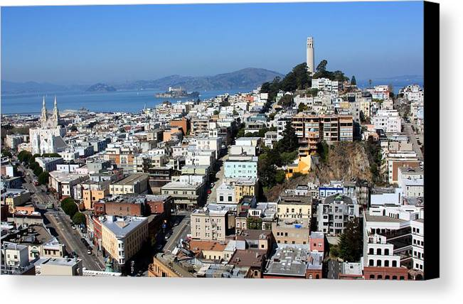 Horizontal Canvas Print featuring the photograph San Francisco by Luiz Felipe Castro