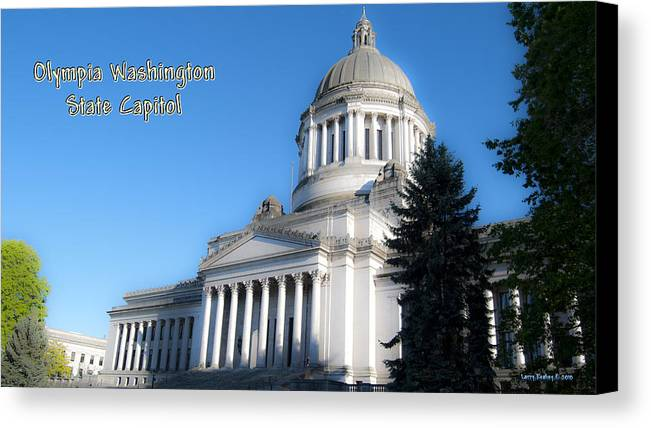 Washington Canvas Print featuring the photograph Capitol by Larry Keahey