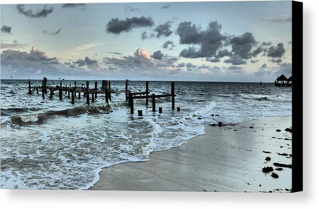 Seascape Canvas Print featuring the photograph Puerto Morelos by Pamela Campbell