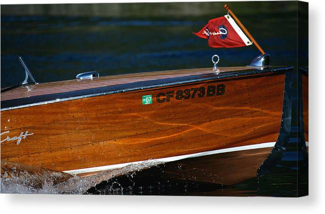 Skiff Canvas Print featuring the photograph Chris Craft Raceabout by Steven Lapkin