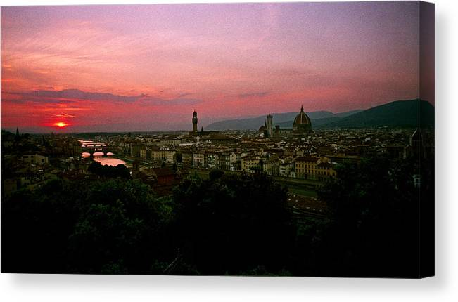 Ponte Vecchio Canvas Print featuring the photograph Ponte Vecchio by David Lange