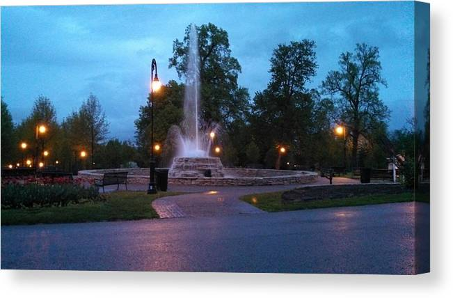Vander Veer Botanical Park Fountain Canvas Print featuring the photograph Vander Veer Fountain At Sunset by Heidi Brandt