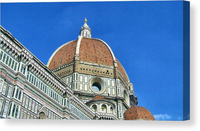 Italy Canvas Print featuring the photograph Duomo by Cathryn Brown