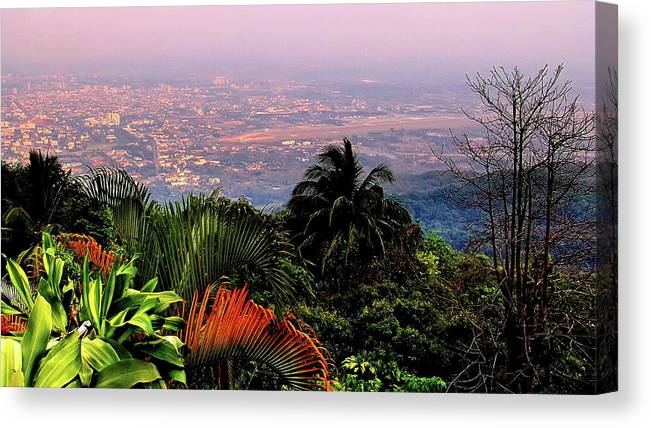 Scenics Canvas Print featuring the photograph Chiang Mai by Davidhuiphoto