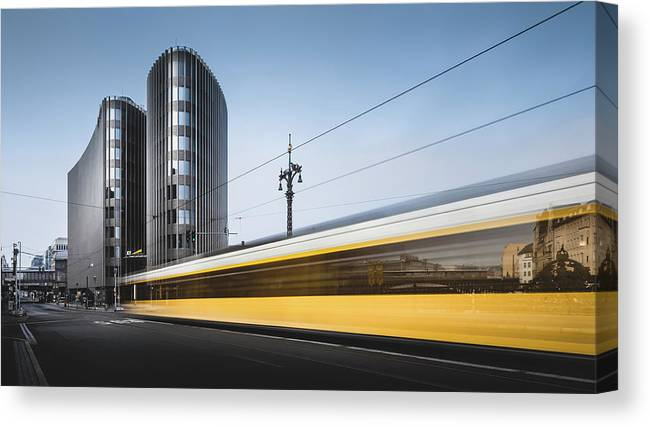 Contemporary Canvas Print featuring the photograph Der Gelbe Blitz, Berlin, Germany, 2015 by Ronnie Behnert