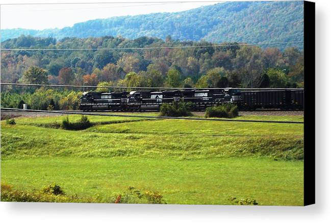 Canvas Print featuring the photograph Tn Train by Regina McLeroy