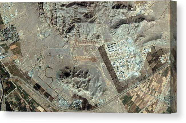 Esfahan Canvas Print featuring the photograph Isfahan by Geoeye/science Photo Library