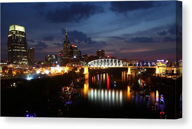 Nashville Canvas Print featuring the photograph Nashville-2 by Manohar Nagaraj