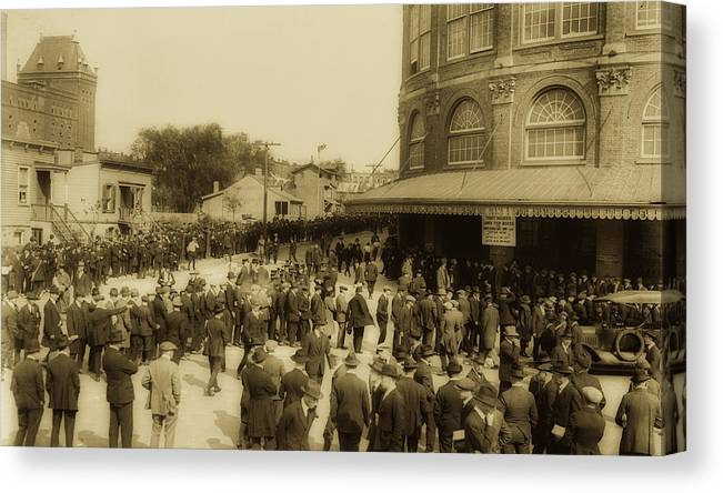 Old Photographs Canvas Print featuring the photograph Ebbets Field Crowd 1920 by Library Of Congress