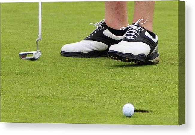 Golf Canvas Print featuring the photograph Mulligan by Christopher Hoffman