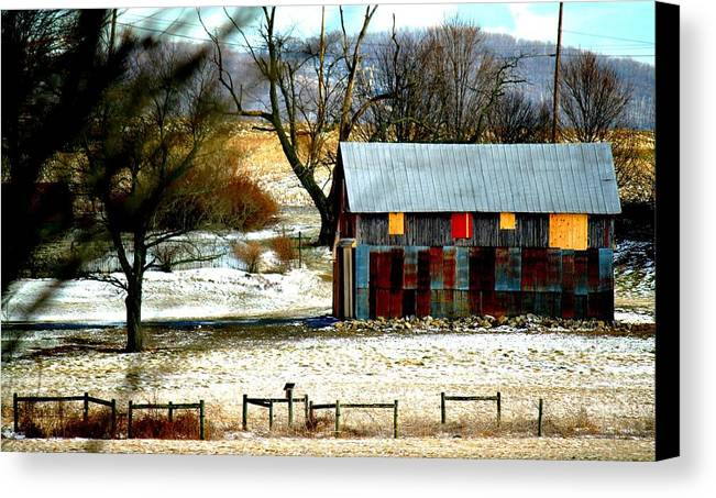 Barn Canvas Print featuring the photograph Barn by Noel Christman