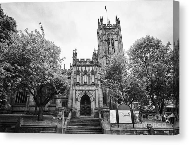 Manchester Canvas Print featuring the photograph Manchester Cathedral Uk by Joe Fox