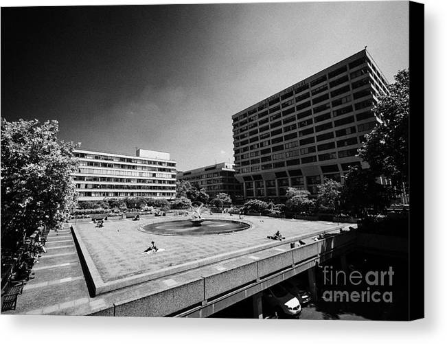 Saint Canvas Print featuring the photograph St Thomas Hospital London England Uk by Joe Fox