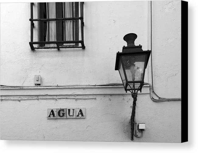 Sevilla Canvas Print featuring the photograph Agua by Jan Kapoor