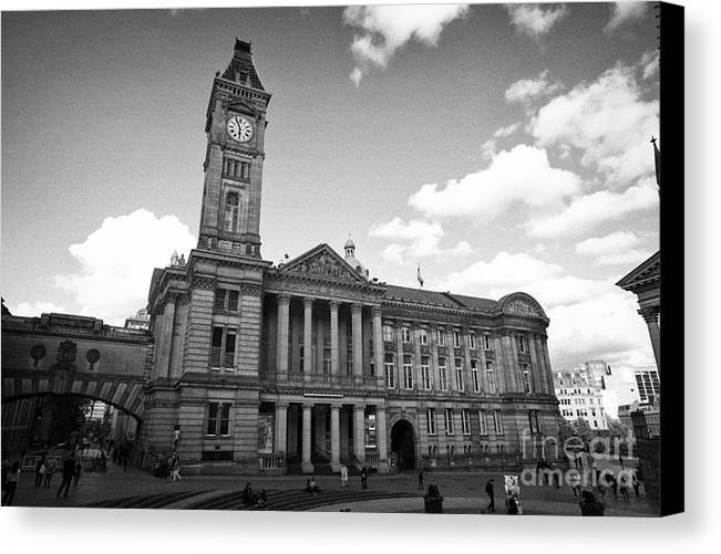 Birmingham Canvas Print featuring the photograph Birmingham Museum And Art Gallery With Clock Tower On Chamberlain Square Uk by Joe Fox