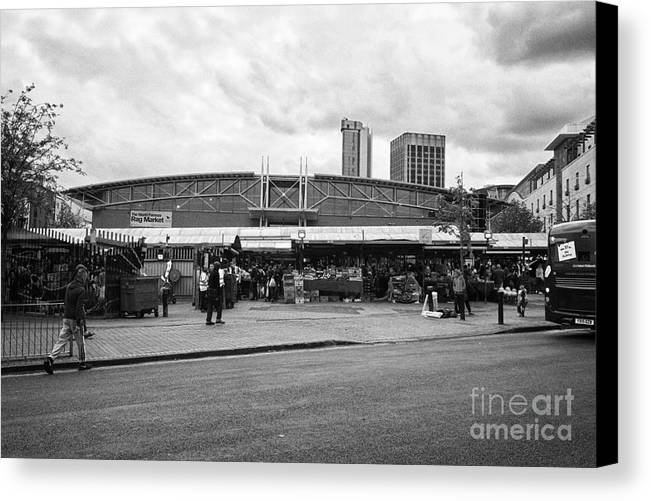 Birmingham Canvas Print featuring the photograph Birmingham Outdoor Market And Rag Market Uk by Joe Fox