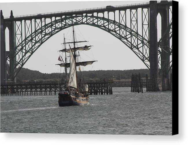 Hawaiian Chieftain Canvas Print featuring the photograph Hawaiian Chieftain In Yaquina Bay by Mark Cheney