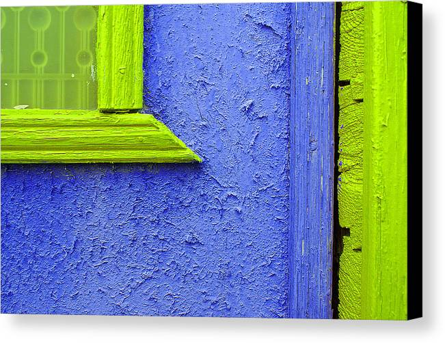 Wall Wood Canvas Print featuring the photograph Nice Pair by Vadim Grabbe