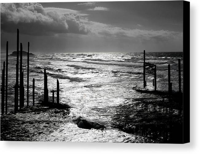 Pacific Canvas Print featuring the photograph Pacific Silver by Melvin Kearney