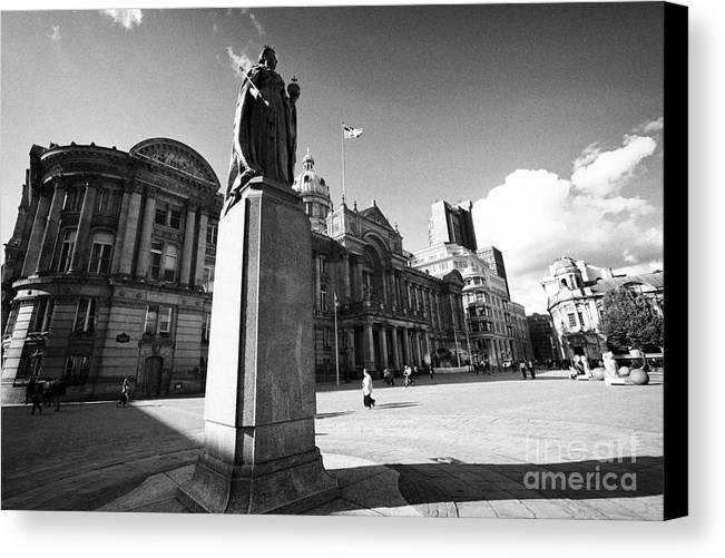 Birmingham Canvas Print featuring the photograph queen victoria statue and Birmingham council house victoria square UK by Joe Fox