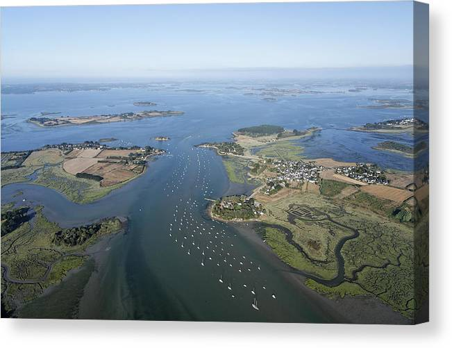 Bretagne Canvas Print featuring the photograph The Passage In The Gulf Of Morbihan by Laurent Salomon