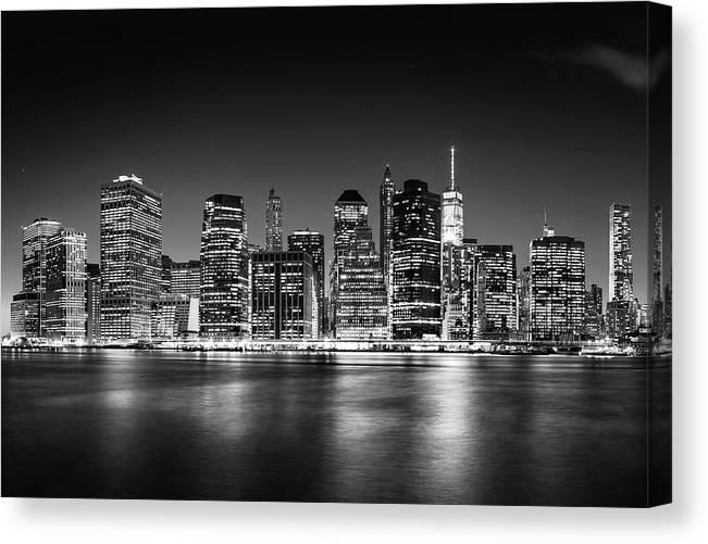 One World Trade Center Canvas Print featuring the photograph Downtown Manhattan Bw by Az Jackson