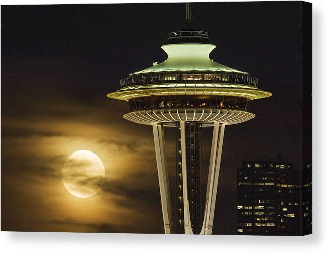 Seattle Canvas Print featuring the photograph Hazy Full Moon A144 by Yoshiki Nakamura