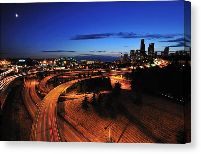 Seattle Canvas Print featuring the photograph In To Emerald City C083 by Yoshiki Nakamura