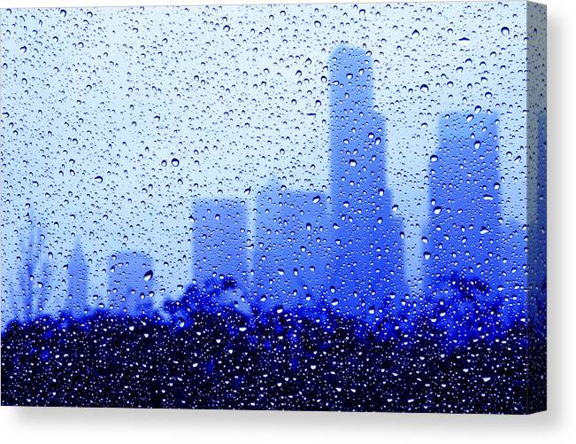 Seattle Canvas Print featuring the photograph Rainy Seattle C010 by Yoshiki Nakamura