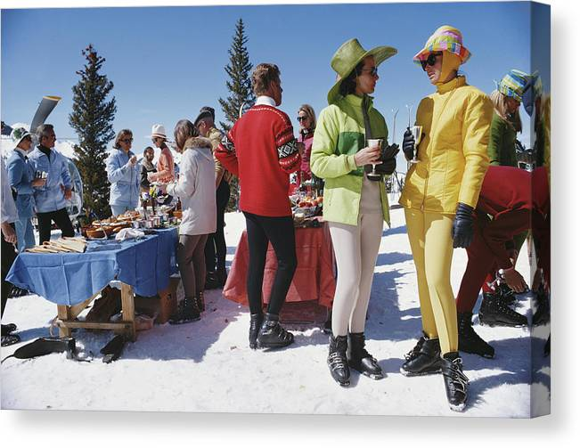 People Canvas Print featuring the photograph Snowmass Gathering by Slim Aarons