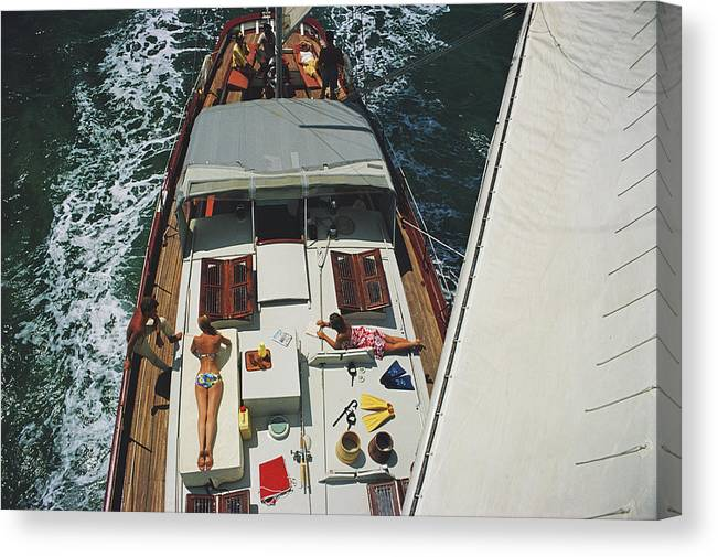 Sunbathing Canvas Print featuring the photograph Deck Dwellers by Slim Aarons