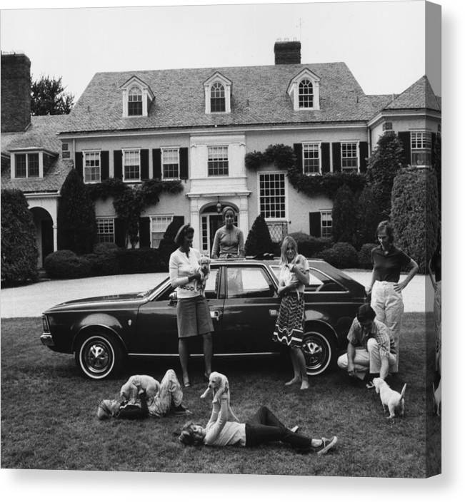 Pets Canvas Print featuring the photograph Chapin Family by Slim Aarons
