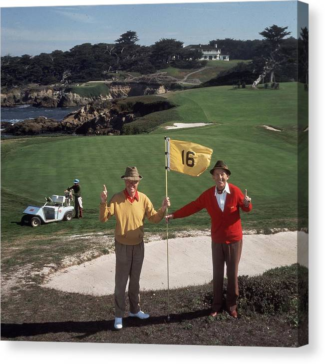 Recreational Pursuit Canvas Print featuring the photograph Golfing Pals by Slim Aarons