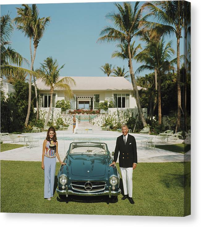 Finance And Economy Canvas Print featuring the photograph The Fullers by Slim Aarons