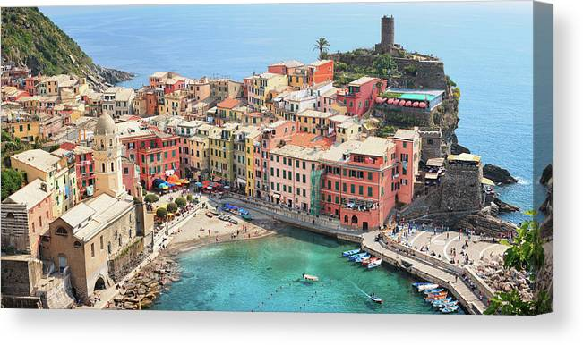 Water's Edge Canvas Print featuring the photograph Vernazza by Borchee